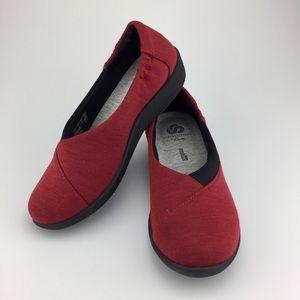 Clarks Cloudstepper Red women slip on loafer sz 5